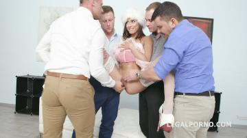 Cassie Del Isla first time DAP, have fun and Merry Fucking Christmas! GIO893 (2018) FullHD 1080p