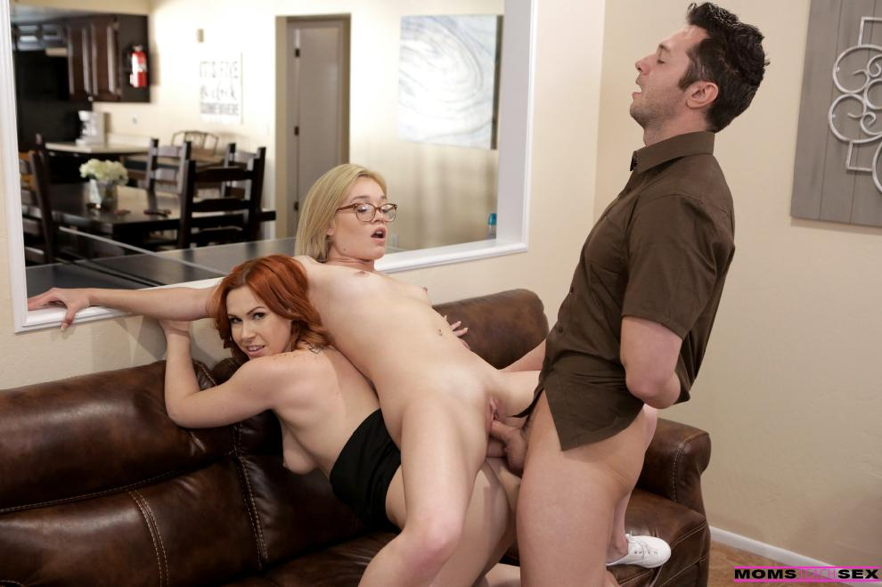 Edyn Blair, Katie Kush - Special Delivery [1080p]