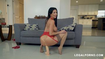 Sexy slut Veronica Avluv loves to get stuffed AB021 (2019) HD 720p