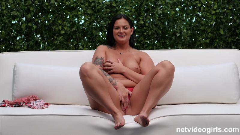 Nude blonde carmela net video girls